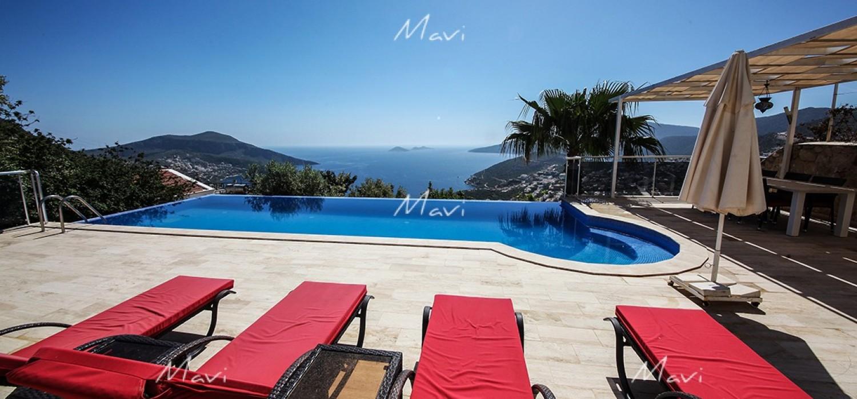Large 5 bedroom Detached Villa for Sale in Kalkan