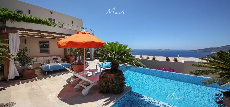 Luxury Detached 4 bedroom Villa For Sale in Kalkan LV709